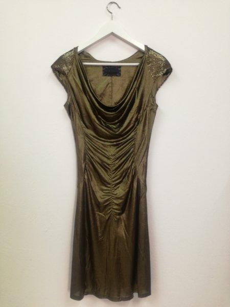 Дамска рокля в златно